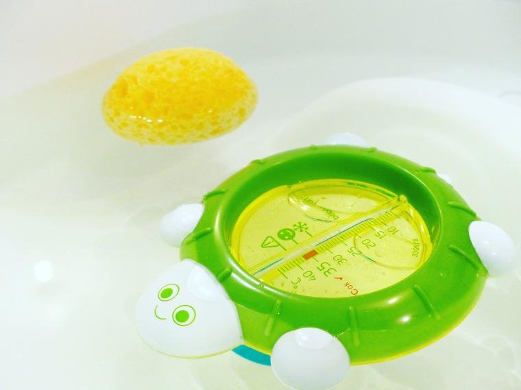 Eponge naturelle : Nuk Thermomètre de bain : Bébé Confort