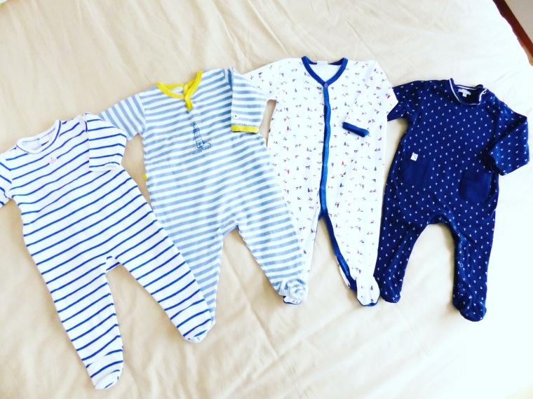 De gauche à droite : pyjamas Monoprix, Petit Bateau (les deux du centre) et Z Génération