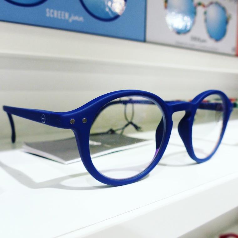 Modèle bleu Klein
